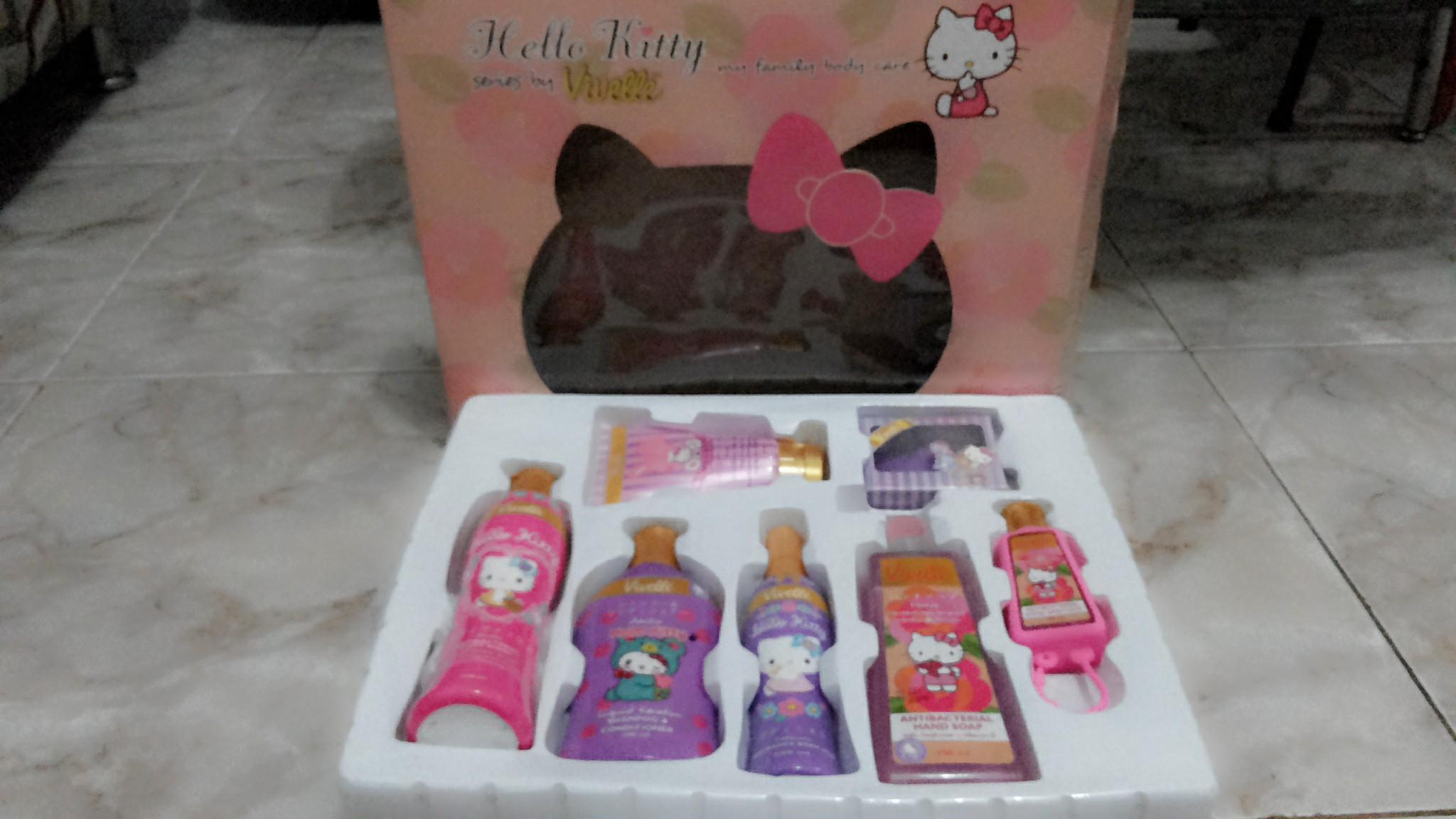 Tempat Sabun Cair Hello Kitty Fb Harga Terkini Dan Terlengkap Kotak Kamar Mandi Portable Praktis Ada Tutup Hbh065